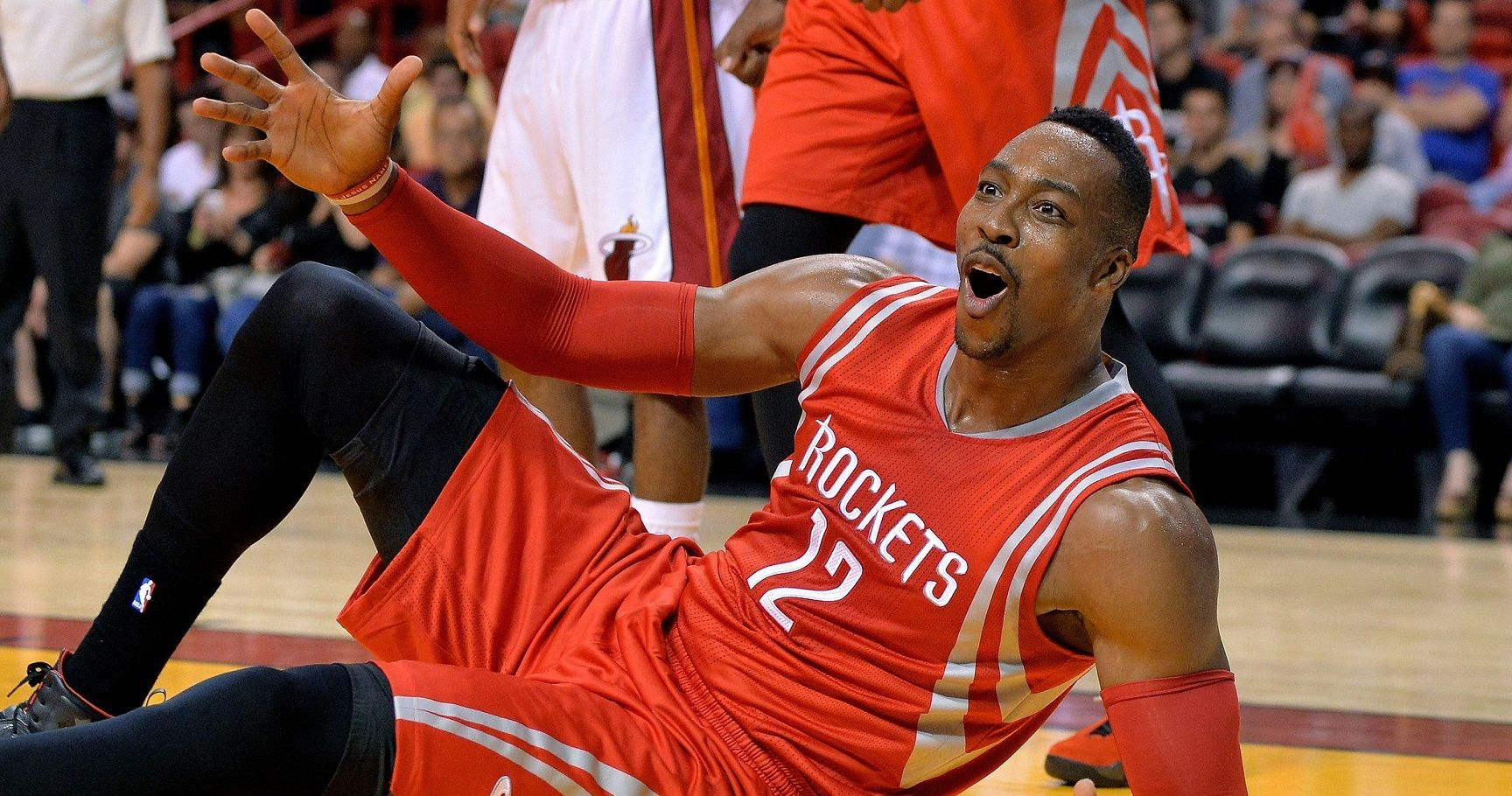 Top 20 Reasons People Hate Dwight Howard  8d9805c67