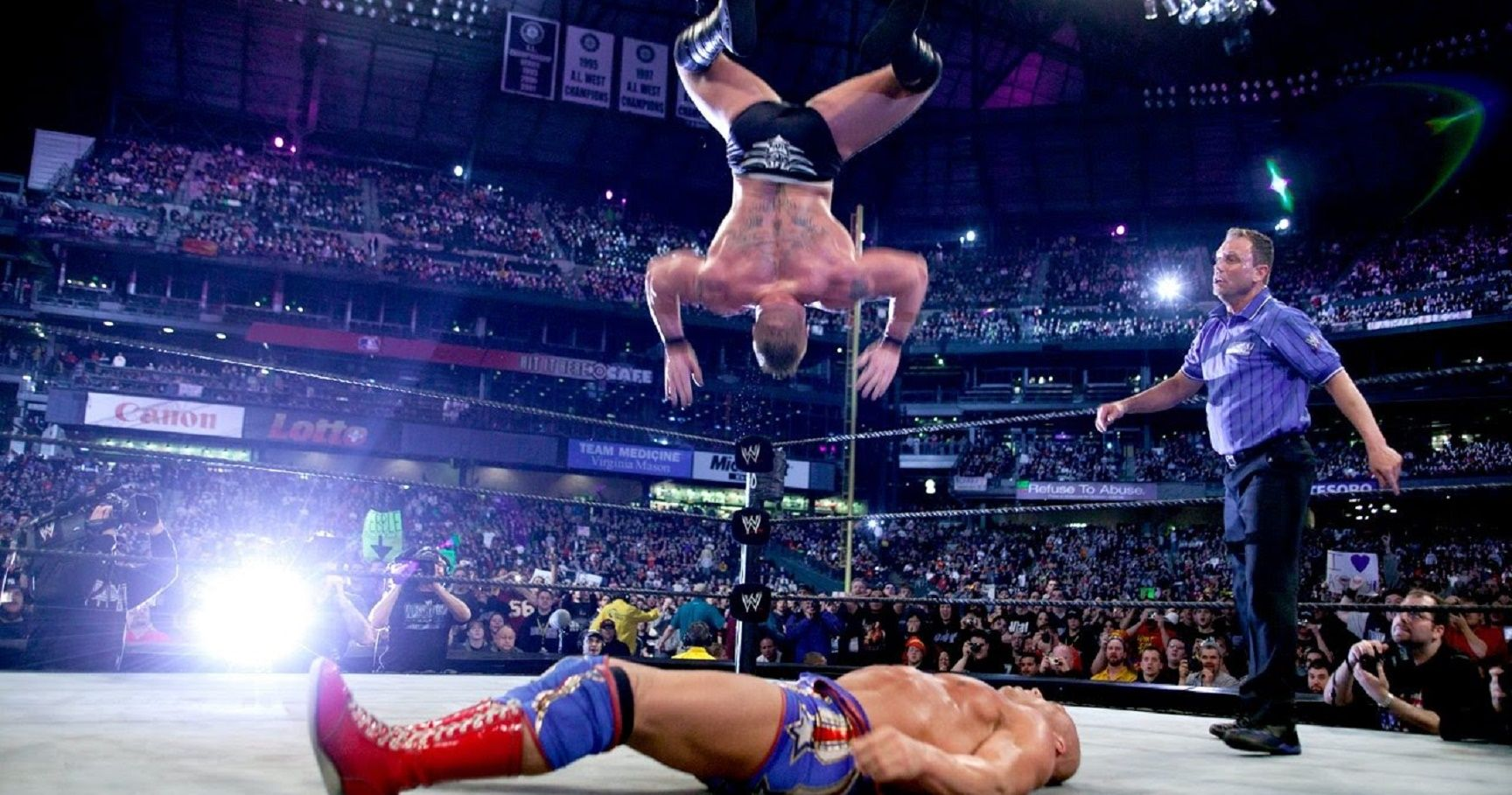 28 Times Wrestling Went Horribly Wrong Thesportster