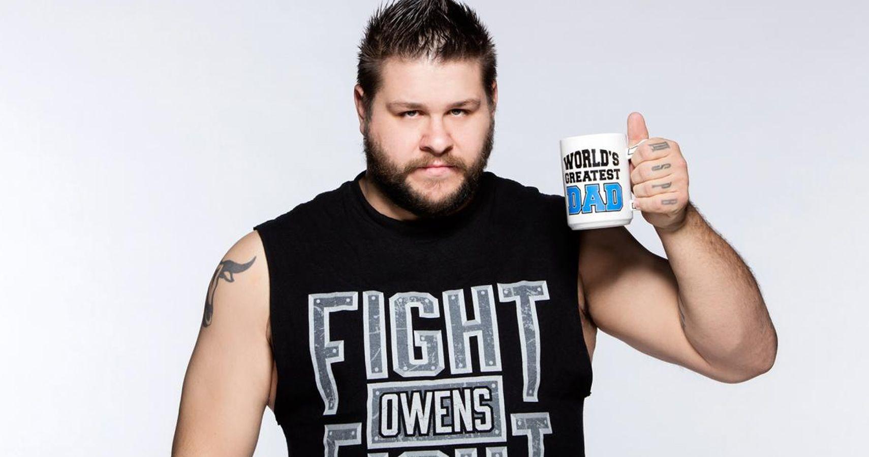 Kevin Steen né le 7 mai 1984 à Marieville Québec est un catcheur lutteur professionnel canadien Il travaille actuellement à la World Wrestling Entertainment