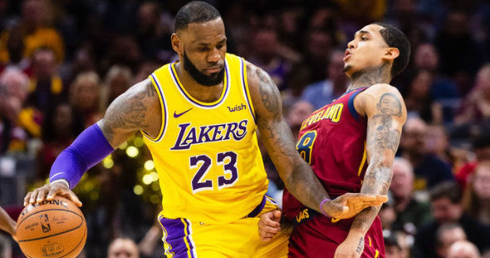 0cf526b34e4 LeBron James Ignores Coach Luke Walton's Plays When Operating As Point Guard